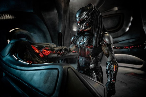 the predator critique predator avec du recul blog avitique